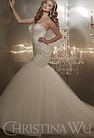 b4e9702f01f In Stock Christina Wu 15571 Wedding Dress Sz 10