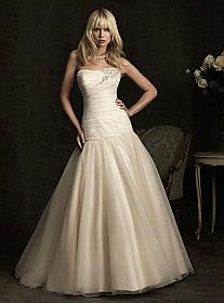 In Stock Allure 8914 Bridal Gown Sz 10