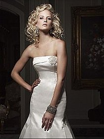 Casablanca Couture B027 Wedding Dress