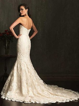 Allure 9072 Wedding Dress