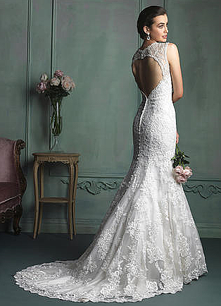 Allure 9104 Wedding Dress